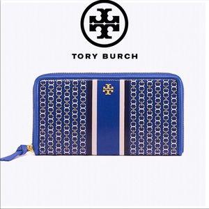 Tory Burch Gemini Link Continental Zip Wallet